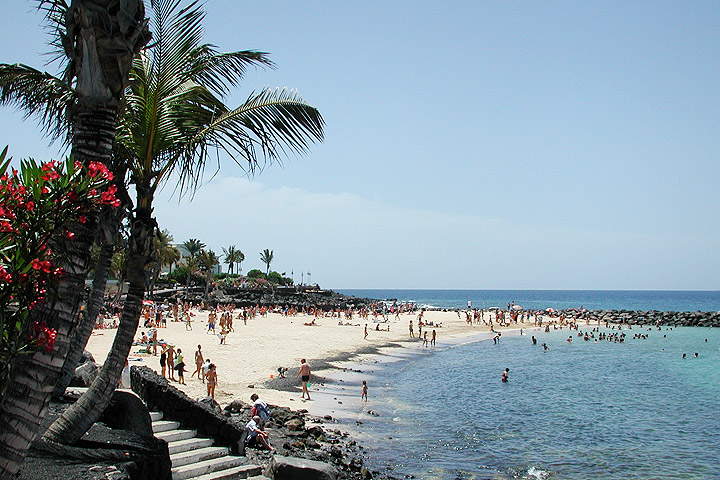 Playa Blanca - Playa Flamingo Beach
